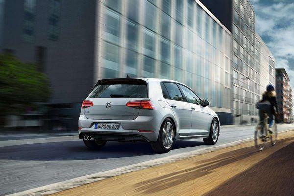 Los mejores coches híbridos en 2021 Volkswagen Golf GTE