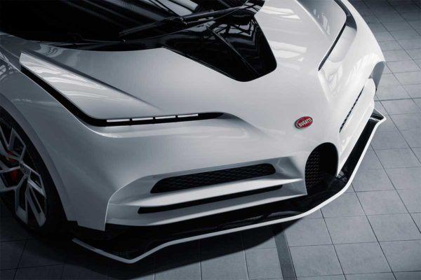 Bugatti Centodieci: precio, ficha técnica y fotos ópticas delanteras