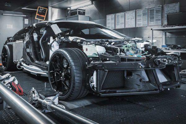 Bugatti Centodieci: precio, ficha técnica y fotos mecánica