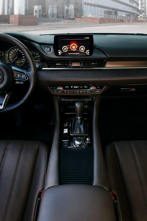 Mazda 6 2021: precio, ficha técnica y fotos digital