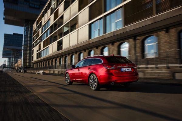 Mazda 6 2021: precio, ficha técnica y fotos equipamiento