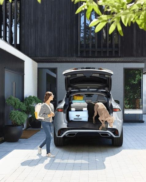 ¿Qué es un coche híbrido ligero? Los mejores coches híbridos ligeros en relación calidad precio Jaguar SUV MHEV