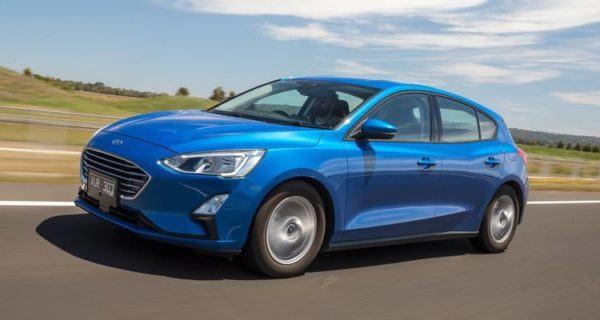 ¿Qué es un coche híbrido ligero? Los mejores coches híbridos ligeros en relación calidad precio Ford Focus