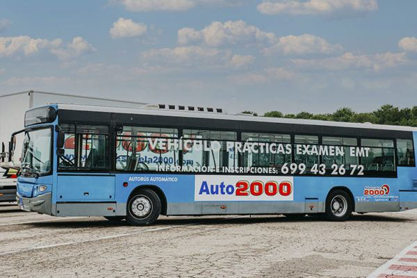 Carnet D para Autobús: cómo puedo sacármelo, cuánto vale y cuáles son los tipos clases de maniobra