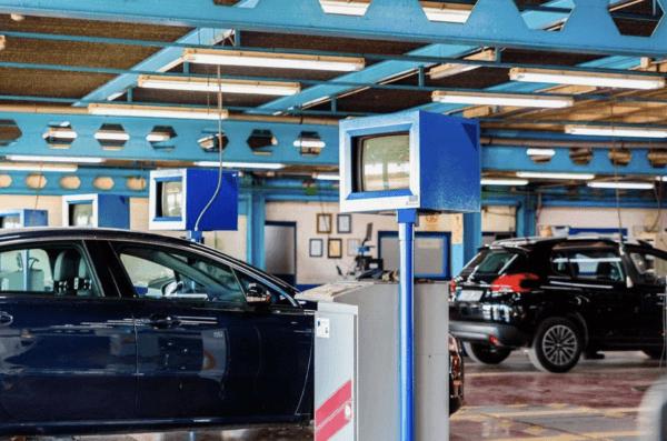 ¿Cómo es y cuánto vale la ITV de un coche eléctrico? Equipo de análisis
