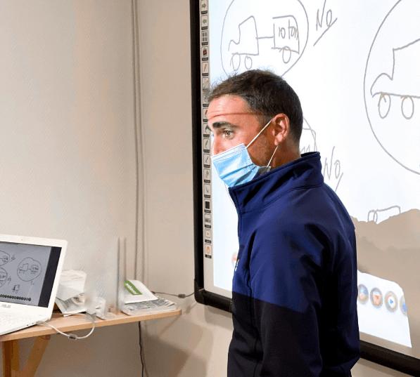 ¿Cómo ser profesor de Autoescuela? Requisitos, examen y precio dar clses