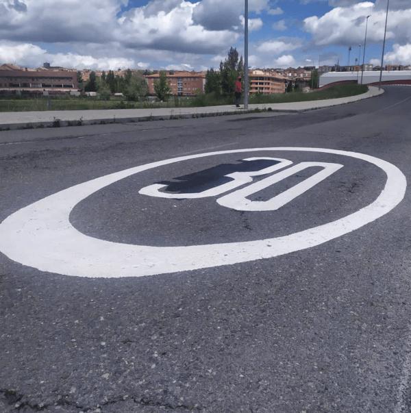 Los nuevos límites de Velocidad 2021 en la ciudad: cuáles son y las posibles multas 30 km/h