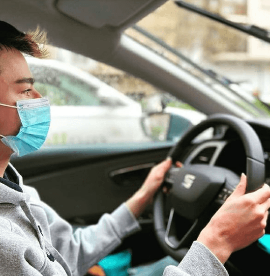 ¿Qué pasa si tengo el carnet de conducir caducado? Sanciones y cómo renovarlo conduciendo sin licencia