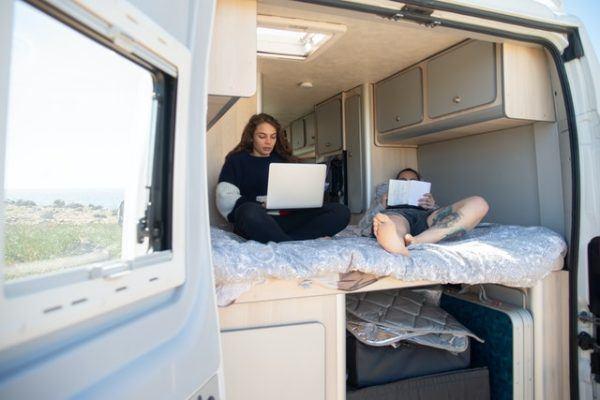 ¿Cuál es la normativa para viajar en autocaravana? Las multas más normales si usas autocaravana acampar