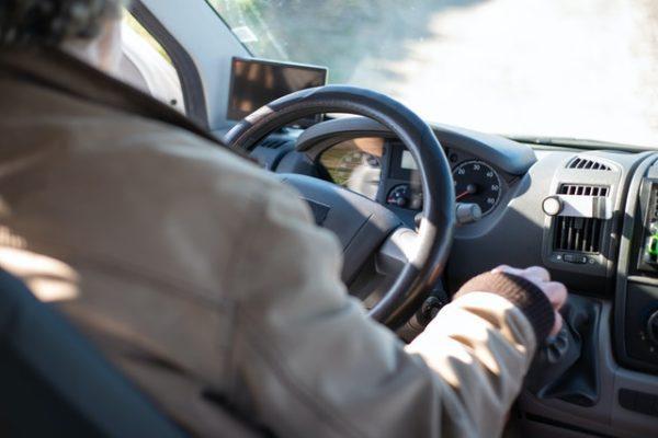 ¿Cuál es la normativa para viajar en autocaravana? Las multas más normales si usas autocaravana zona habilitada