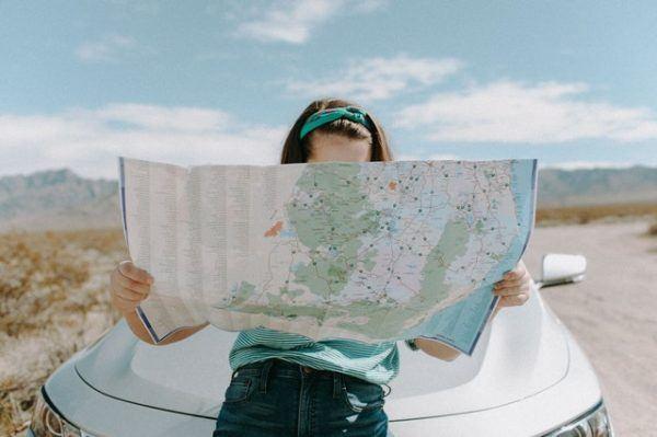 Los mejores preparativos y consejos para hacer un viaje largo en coche durante las vacaciones imprevistos