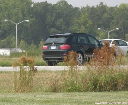 bmw_x5_m_spy_motorauthority_001-0917-950x673