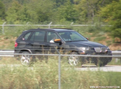 bmw_x5_m_spy_motorauthority_007-0917-950x673