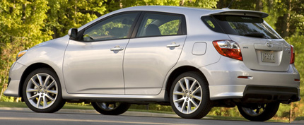 toyota-matrix-02.jpg